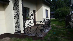 Balkonų,laiptų turėklai